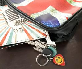 Music plectrum shaped keychains
